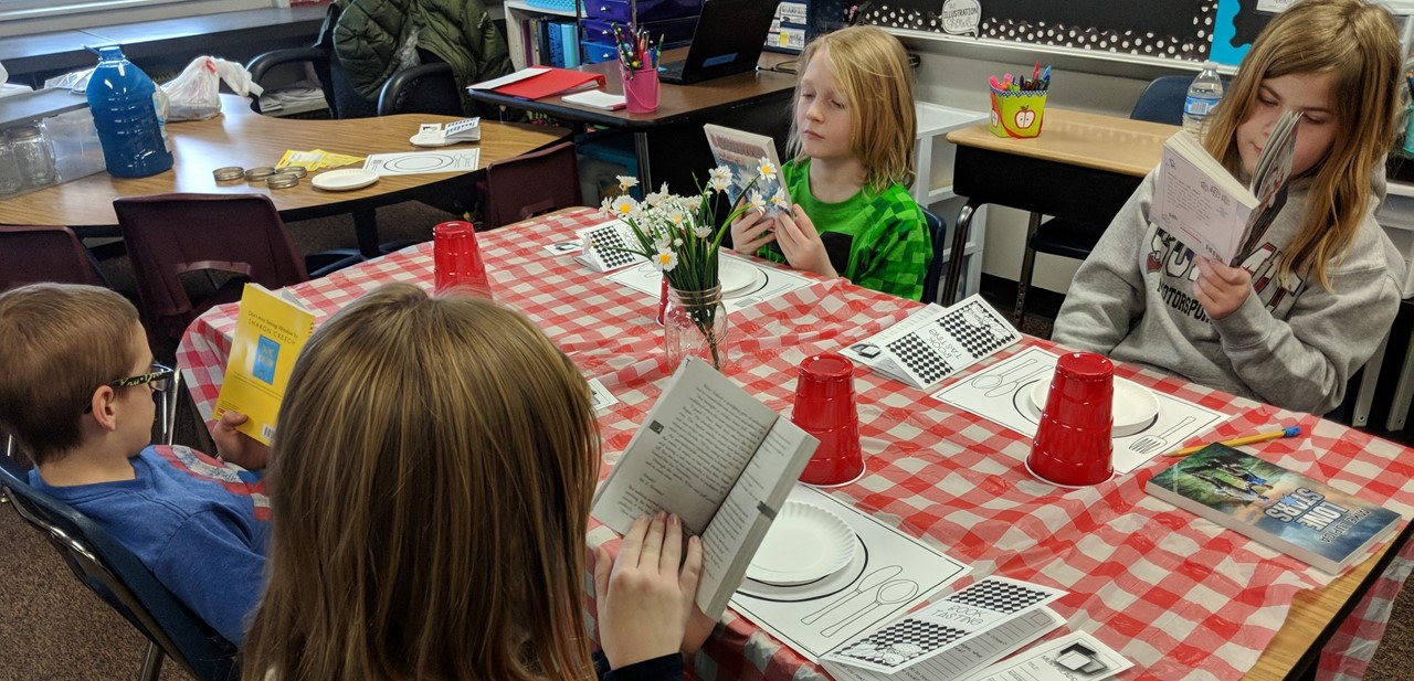 ES Students Reading Books